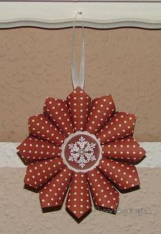 Stempeleinmaleins: Schneeflocken-Ornament / Snowflake Ornament