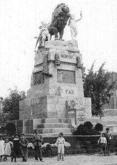ARAGON EN EL RECUERDO   fotos de Zaragoza Ebro, Statue Of Liberty, Mount Rushmore, Mountains, Nature, Travel, Arquitetura, Vintage Postcards, Antique Photos