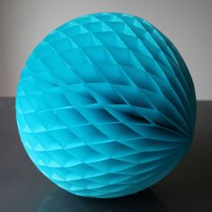 Pearl and Earl - Paper Luxe 20cm Ball - Turquoise, �4.00 (http://www.pearlandearl.co.uk/small-paper-luxe-ball-turquoise/)