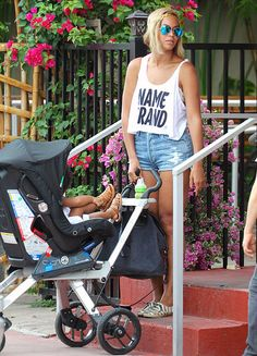 After removing her extensions and showing off a blonde pixie cut, Beyonce styled a longer bob -- and tiny denim shorts -- during an outing with daughter Blue Ivy in Miami.