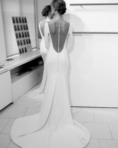 falling in LOVE with this gorgeous gown that arrived today! you checked every box—sleeves, crepe, low back, and BUTTONS! Theia Bridal, Royal Brides, Runway, Gowns, Couture, Photo And Video, Wedding Dresses, Instagram, Buttons