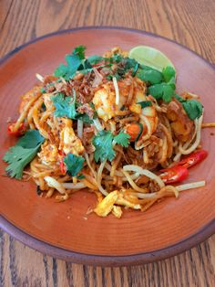 Mamak Mee Goreng (Malaysian Indian Fried Mee) Fried Shallots, Malaysian Food, Spicy Sauce, Fresh Coriander, Fresh Lime, Noodle Recipes, 2 Ingredients, Pantry, Kitchens