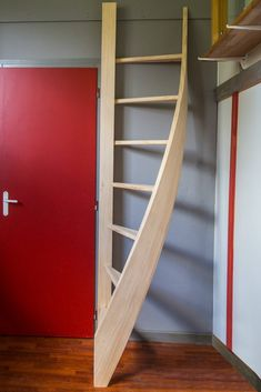 Small Staircase, Tiny House Stairs, Loft Stairs, Tiny Loft, Tiny House Loft, Tiny House Plans, Home Stairs Design, Interior Stairs, House Design