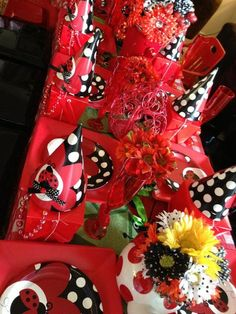 Table at a Ladybug Party #ladybug #partytable