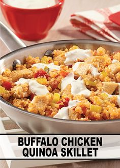 Buffalo Chicken Quinoa Skillet – Chicken, celery, buffalo wing sauce are tossed with quinoa and topped with creamy blue cheese dressing for one delicious dinner recipe. Buffalo Chicken Quinoa, Ranch Chicken, Chicken Wings, Cooking Recipes, Healthy Recipes, Weeknight Recipes, Skinny Recipes, Cooking Ideas, Healthy Foods