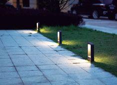 Envíos 24/48h. Aceptamos devoluciones. Garantía de 2 años Led Garden Lights, Path Lights, Garden Lamps, Park Lighting, Outdoor Wall Lighting, Landscape Lighting, Vertical Garden Design, Backyard Garden Design, Driveway Lighting