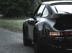...was the fastest production car available in Germany || 930 turbo