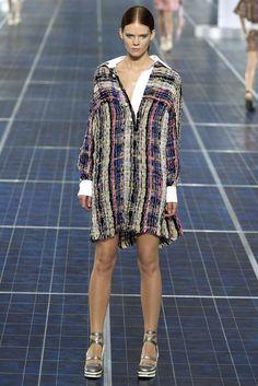 Chanel Spring 2013 Ready-to-Wear Fashion Show - Irina Kravchenko (Women)