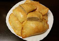 Káposztás kapusznyika (káposztás buci) recept foto Snack Recipes, Snacks, Camembert Cheese, Chips, Bread, Food, Drinks, Google, Meals