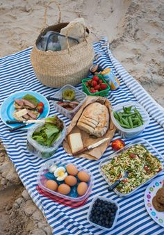 The best cooler hacks for a picnic at the beach | Simple Bites