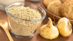 The Amazing Health Benefits of Maca. this miraculous Peruvian superfood will help you to balance your hormones & menstrual cycle, boost libido, strengthen the body, improve fertility and much more. Apple Benefits, Matcha Benefits, Benefits Of Coconut Oil, Health Benefits, Health Tips, Natural Home Remedies, Herbal Remedies, Tomato Nutrition, Calendula Benefits