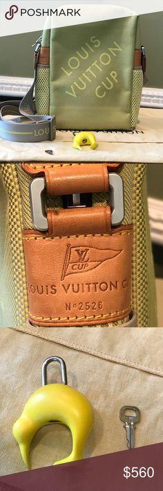dbc1c201538b Louis Vuitton