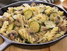Schwartz recipe for Garlic and Mushroom Pasta, ingredients and recipe ideas for Pasta and Italian cooking. Visit Schwartz for more recipe ideas. Ham Pasta, Pasta Salad, Pasta Formen, Mushroom Pasta Bake, Penne, Zucchini, Pasta Shapes, Fusilli, How To Cook Pasta