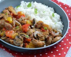 Kurczak po chińsku z pędami bambusa Wok, Mashed Potatoes, Chili, Curry, Rice, Meat, Ethnic Recipes, Bamboo, Whipped Potatoes