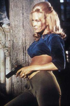 Faye Dunaway - sex kitten - bare midriff - blonde - tan - skin tight