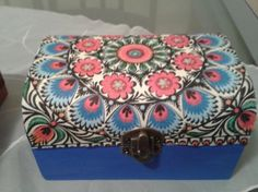 cajita baul en tonos azules Decorative Boxes, Home Decor, Jewelry Storage, Decorated Boxes, Blue Nails, Manualidades, Decoration Home, Room Decor, Interior Decorating