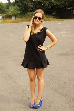 DIY LBD or what to do with your boyfriends old T-Shirt Done With You, Old T Shirts, Your Boyfriend, Lbd, Boyfriends, Sewing, My Style, Black, Dresses