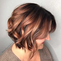 3-Short Curly Hairstyle for Women