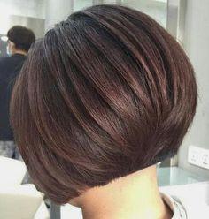 Short Hair With Bangs, Short Hair Styles, Hairstyle, Beauty, Scallops, Haircuts, Hair Makeup, Bob Styles, Hair Job