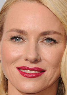 Close-up of Naomi Watts at the 2016 Oscars. http://beautyeditor.ca/2016/02/29/oscars-2016