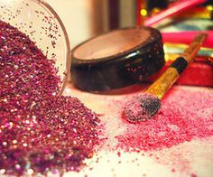 yes, sparkly makeup