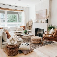 Boho Living Room, Cozy Living Rooms, Earthy Living Room, Scandinavian Living Rooms, Scandinavian Fireplace, Earth Tone Living Room Decor, Neutral Living Rooms, Modern Living Room Decor, Modern Scandinavian Interior