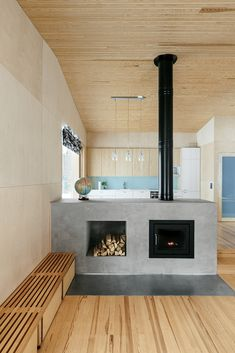like: wooden ceiling -k Villa Kettukallio by Playa Architects provides a woodland holiday home Home Fireplace, Fireplace Design, Fireplaces, Grey Fireplace, Concrete Fireplace, Modern Fireplace, Interior Architecture, Interior And Exterior, Interior Design