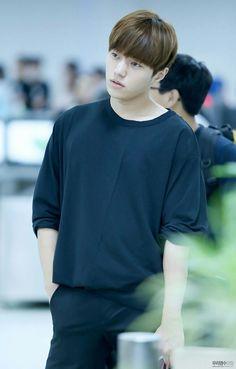 His dazed expression tho  #L #infinite