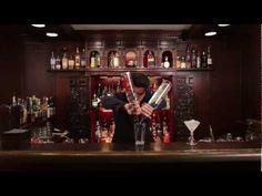 http://www.drinksmeister.dk/drinksopskrifter/tequila-drinksopskrifter/margarita/  En af flere cocktail video'er som du kan finde hos DrinksMeisterTv.   DrinksMeister har i samarbejde med Den Europæiske Bartenderskole fået lavet en lang række Cocktail og free pour videoer til alle jer derude. Her kan du se Henrik Murel fra EBS lave Margarita.    Marg...