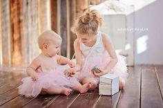 Sweet little sisters / Весенняя фотосессия в студии