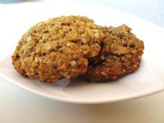 Recept na sušenky z ovesných vloček: Rychlá svačina nebo mlsání Grains, Muffin, Food And Drink, Rice, Herbs, Cookies, Breakfast, Desserts, Fitness