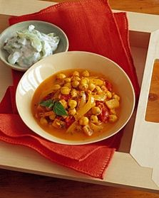 Chickpea Apple Curry Recipe | Anita's Organic Mill Blog