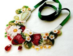 Amazing  jewelry by Olga Snetkova Click on link to see more photos - http://beadsmagic.com/?p=6031
