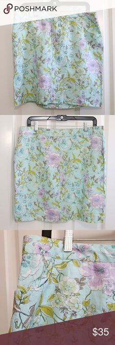 Tommy Bahama Linen Skirt Short Floral Pansies 10 Tommy Bahama - Relax - Provence Pansies Skirt.  Turquoise / mint with floral pattern.  Size 10.  Waist is about 17 inches from side to side.  Length is about 18 inches.  NWT Tommy Bahama Skirts