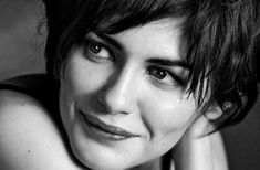 Sorry for the time I've been off, but I guess that, lately, I've been with lack of inspiration. Have a nice day, Catsya Audrey Tautou Wallpaper Audrey Tautou, Gorgeous Women, Amazing Women, Black And White People, Portraits, French Beauty, High Quality Wallpapers, French Actress, Photo Black