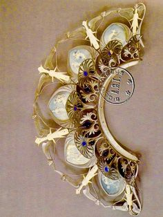 René Lalique Diadem for Julia Bartet in the role of Berenice. Made of aluminum & ivory.