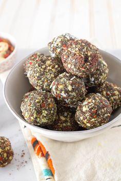 Vegan and paleo Spirulina Superfood Bites from The Grateful Grazer.
