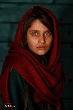 Similar to the famous Afghan Girl aka Mona Lisa Afghan Global photographer net Macroa by ziko cinematography on Pretty People, Beautiful People, Afghan Girl, Face Photography, Photography Portraits, Steve Mccurry, Girl Face, Beautiful Children, Cool Eyes