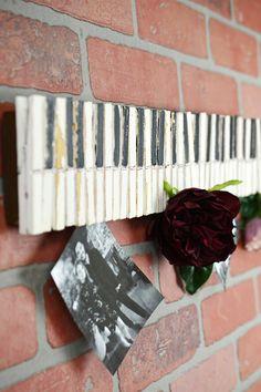 "22"" Wood Clothespin Piano Key Photo & Card Holder"