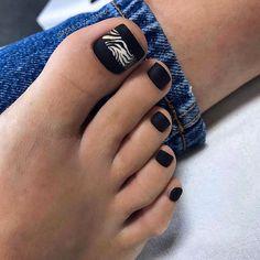 Matte Black Toe Nail Colors To Finish A Stylish Look ❤ Amazing Toe Nail Co. Black Toe Nails, Cute Toe Nails, Gel Nails, Pedicure Designs, Pedicure Nail Art, Toe Nail Designs, Pedicure Ideas, Toe Nail Color, Toe Nail Art