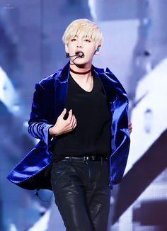 """Nn ta dano mais ~ V BTS (๑・ω-)~♥"""""""
