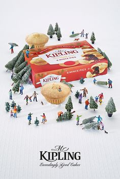 Clever Christmas Ad Designs To Raise Your Holiday Spirit | DesignCoral