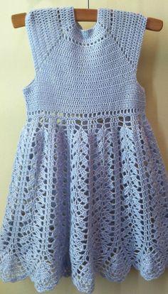 Mano ocasión especial crochet vestido para su pequeña princesa.