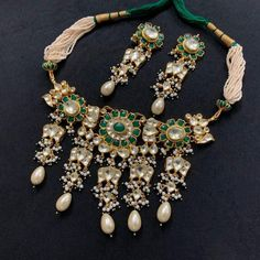 jewelry choker Your place to buy and sell all things handmade Indian Wedding Jewelry, Wedding Jewelry Sets, Indian Jewelry, Bridal Jewelry, Indian Bridal, Wedding Accessories, Hair Accessories, Bollywood Jewelry, Bollywood Bridal