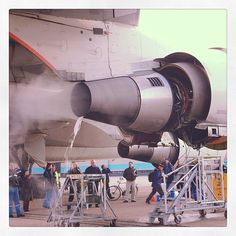 Washing a Boeing 747 engine in the KLM hangar in a very environmental friendly…