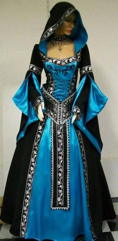 Fantasy dress inspired by Medieval and Victorian designs. Medieval Gown, Medieval Costume, Medieval Witch, Beautiful Gowns, Beautiful Outfits, Cool Outfits, Beautiful Costumes, Gorgeous Dress, Medieval Fashion