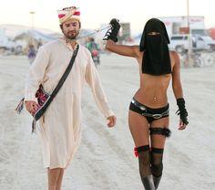 Idées Cadeaux pour la St Valentin, est une image drôle publiée le 14 Février 2014 par 1216. Plutôt coquin ou cochon ? :p