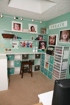 Great use of space for this craft room of awesome!!!