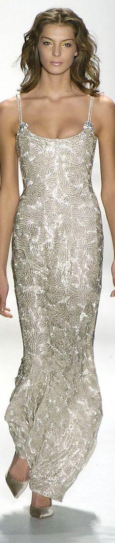 SEMPRE NA MODA: SILVER DRESSES!