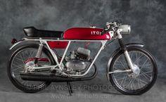 Presentazione + ricerca / Squadra 50 Motorcycle Museum, Auto Retro, Classy Cars, French Models, Sidecar, Super Sport, Hercules, Sport Bikes, Bobber
